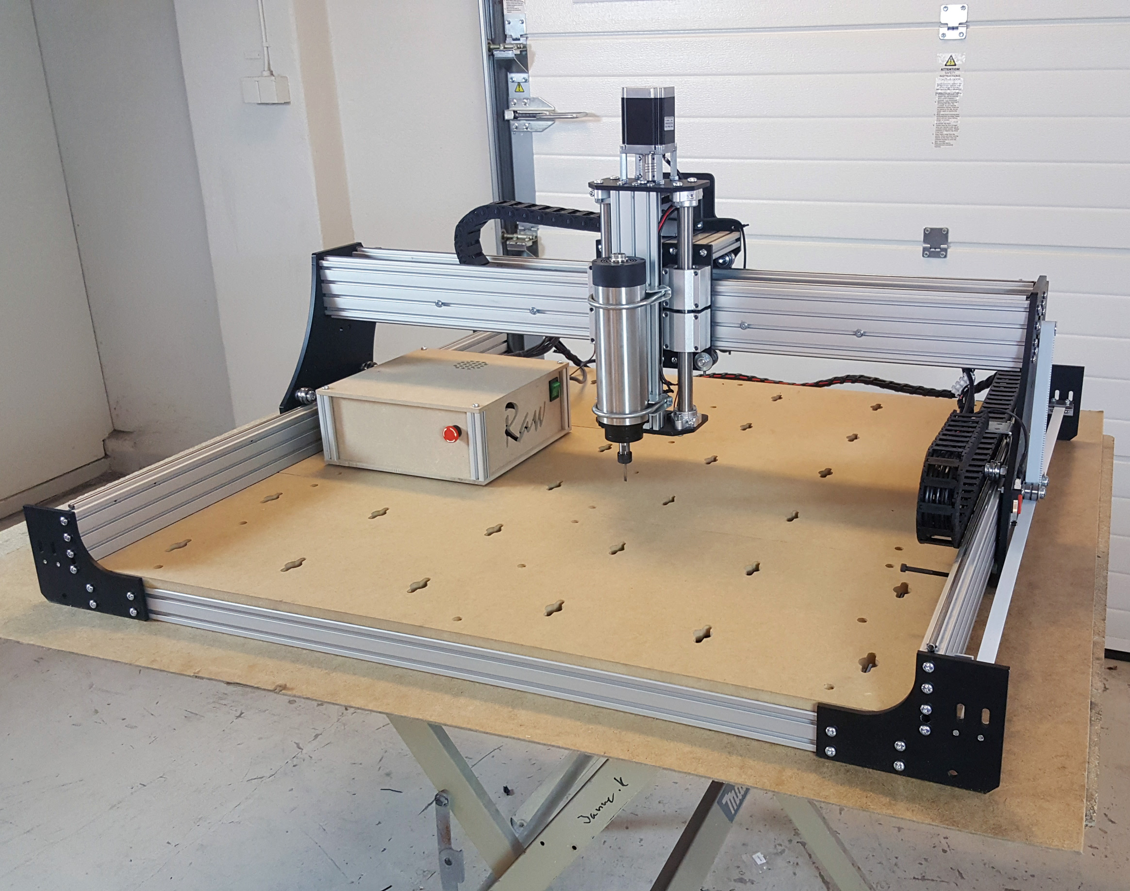 Raw 15 cnc do it yourself kit 100x100cm with belt drive rawcnc raw 15 cnc do it yourself kit 100x100cm with belt drive for pro or hobby solutioingenieria Image collections